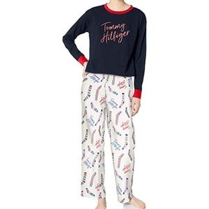 Tommy Hilfiger Women's Top & Flannel Pant Set NEW